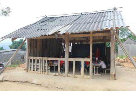 Khánh thành công trình 3 phòng học mang tên Dân trí tại Nà Cóc, Lai Châu