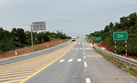 Vay ADB 147 triệu USD bổ sung vốn ch đường cao tốc Nội Bài - Lào Cai