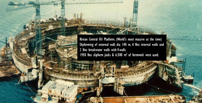 Một công trình kho chứa dầu diện tích 6.500m2 xây dựng năm 1950.