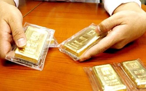 Biến động mạnh, giá vàng SJC giảm gần 1 triệu đồng/lượng.