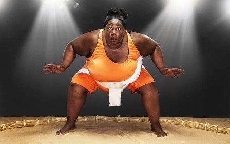 Người phụ nữ chơi thể thao nặng ký nhất thế giới là nữvõ sĩSumo -