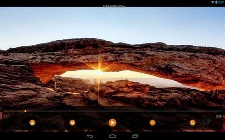 Giao diện VLC trên máy tính bảng chạy Android