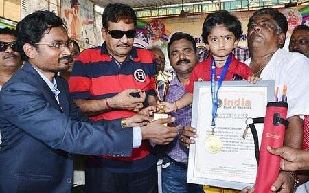 Dolly nhận chứng nhận phá kỷ lục quốc gia về môn bắn cung của Ấn Độ