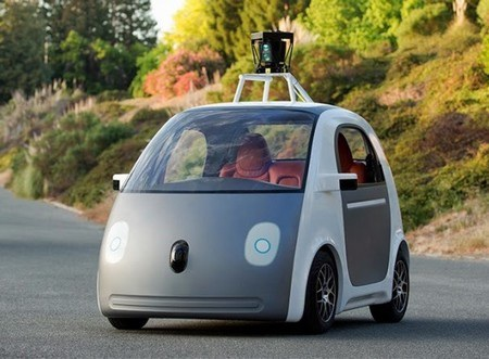 Nguyên mẫu xe hơi tự lái đầu tiên do chính Google phát triển và sản xuất có hình dáng ngộ nghĩnh.