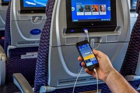 """Hệ thống giải trí trên máy bay sẽ là """"cửa ngõ"""" để hacker xâm nhập vào hệ thống điều khiển?"""