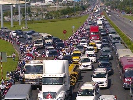 Bụi giao thông đang là vấn đề nghiêm trọng đối với môi trường