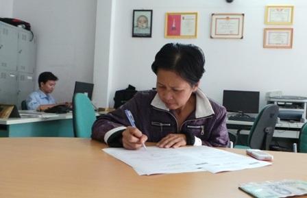 Sự chung tay của cộng đồng giúp nhen nhóm hy vọng của mẹ con bà Xuyến