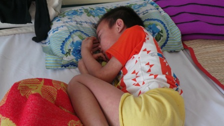 Đối tượng chính của bệnh là trẻ em chưa được chủng ngừa đầy đủ
