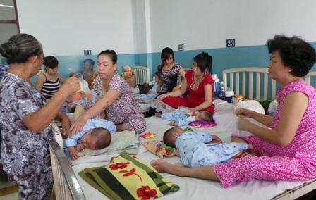 Trẻ em là đối tượng chính bị các bệnh truyền nhiễm tấn công
