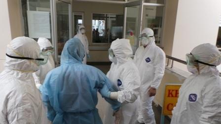 Bệnh nhân được chuyển đến bệnh viện Bệnh Nhiệt Đới