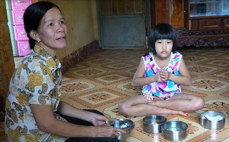 Bé Hảo đang được chăm sóc tại Trung tâm nuôi dưỡng Lộc Ninh