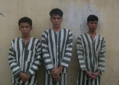 Từ trái qua phải, đối tượng Lộc, Vũ, Hiếu