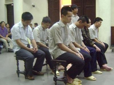 Các bị cáo tại tòa sáng 29 -10.