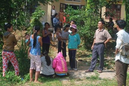 Liên tiếp diễn ra động đất khiến cuộc sống người dân huyện Bắc Trà My đảo lộn.