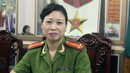 Trung tá Nguyễn Thị Liên, quản giáo tại trại tạm giam số 1 Hà Nội