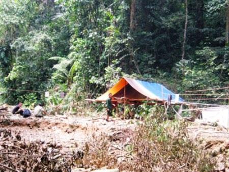 Khu lán trại của 5 phu trầm bị sát hại dã man (Ảnh do BĐBP Quảng Trị cung cấp)