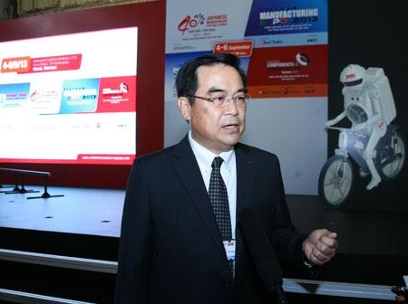 Ông Winson Khoo, Tổng giám đốc của Công ty TNHH Murata Electronics Việt Nam