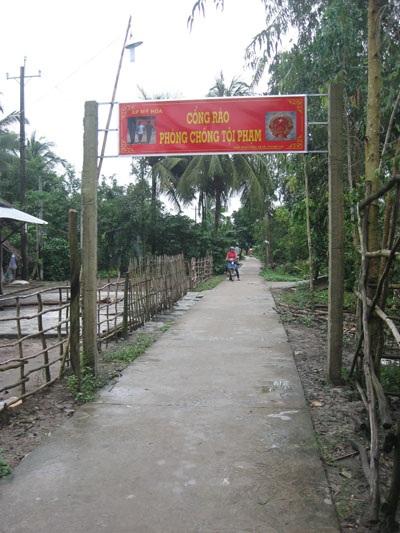 Cổng rào phòng chống tội phạm ở huyện Ngã Năm