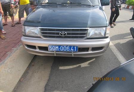 Chiếc xe ô tô biển số xanh Nghĩa sử dụng trong vụ đòi nợ anh P.