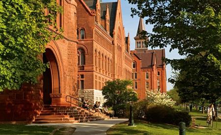 Học bổng lên tới 50% tại đại học Top 100 tại Mỹ