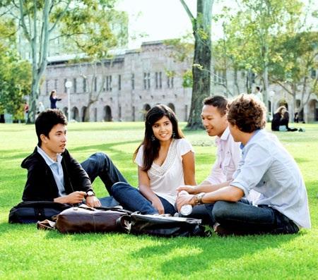 Cơ hội Đại học hàng đầu Hoa Kỳ từ chương trình Cao đẳng cộng đồng