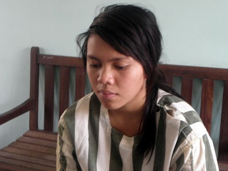 Mít Sa Min tại cơ quan điều tra (ảnh T.L)