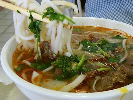 Điểm danh những món ăn miền Trung khiến bạn mê mẩn