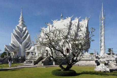 Khám phá ngôi chùa Trắng có kiến trúc độc nhất thế giới