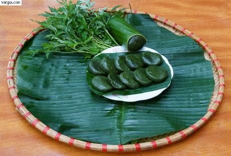 Bánh ngải cứu là loại bánh truyền thống của người Tày (ảnh internet)