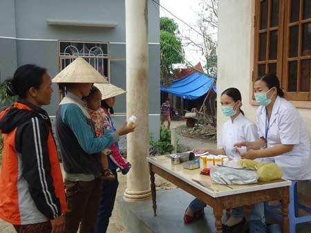 Kon Tum: 3 làng ngộ độc thực phẩm sau 1 đám tang
