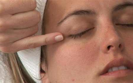 5 mẹo hay đánh tan mệt mỏi cho mắt
