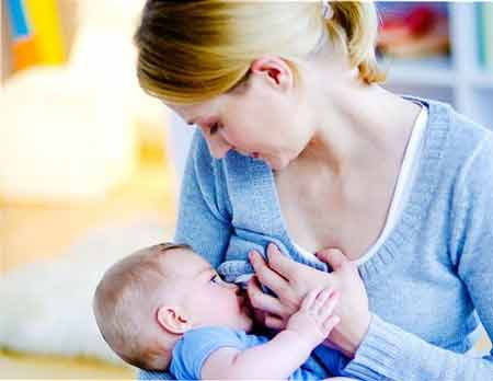 Bú mẹ giúp giảm nguy cơ tử vong do ung thư