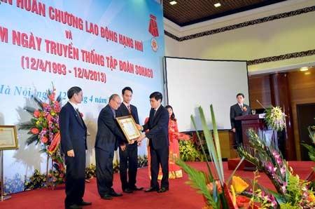 Trao huân chương lao động hạng nhì cho tập đoàn Sohaco