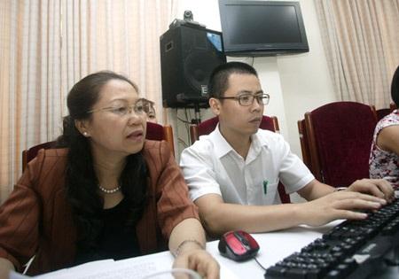 Phó Chủ tịch Tổng Liên đoàn Lao Động Việt Nam Nguyễn Thị Thu Hồng