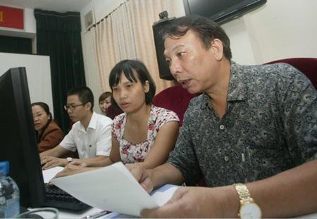Chủ tịch Tổng Liên đoàn Lao động Việt Nam Mai Đức Chính