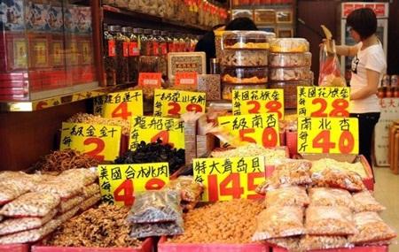 Các thảo dược được bày bán ở Hong Kong