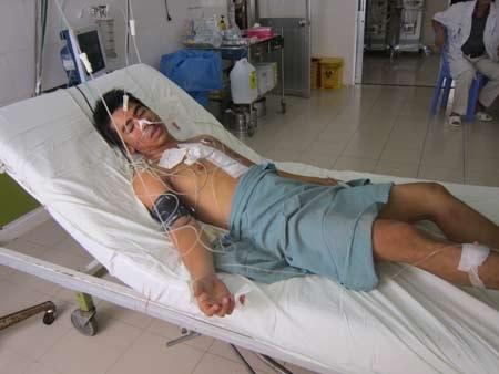 Bệnh nhân bị đâm thủng tim vừa được BVĐK tỉnh Khánh Hòa cứu sống đã qua cơn nguy kịch