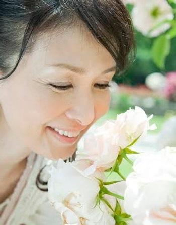 Chị em nên chủ động bổ sung nội tiết tố nữ từ sớm để tận hưởng trọn vẹn niềm hạnh phúc của tuổi 50