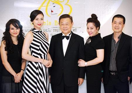 Ngô Thanh Vân, khách mời đặc biệt của lễ khai trương