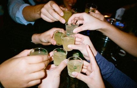 Rượu hại doanhȠnhân