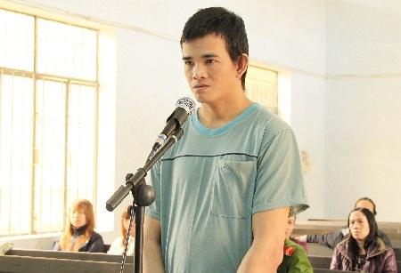 Bị cáo Võ Quang Lộc tại phiên tòa, ngày 7/11
