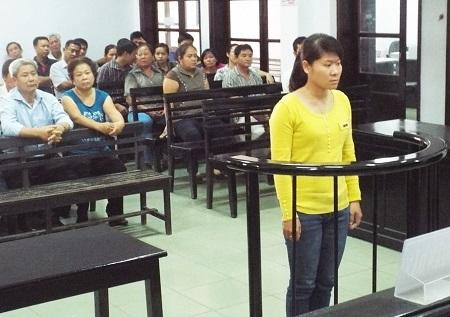 Bị cáo Lê Thị Minh Trang.