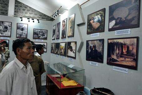 Những người dân thôn Tư Cung, xã Tịnh Khê - nơi xảy ra vụ thảm sát nhìn lại những hình ảnh