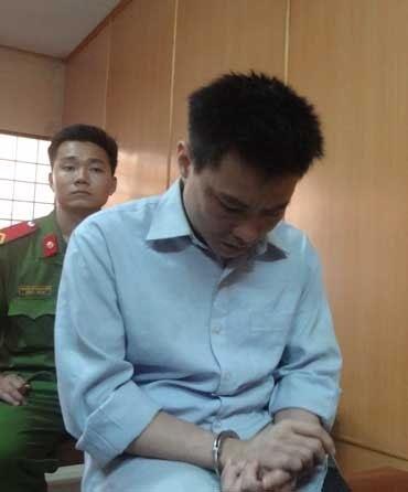 Nguyễn Quang Tâm tại phiên tòa.