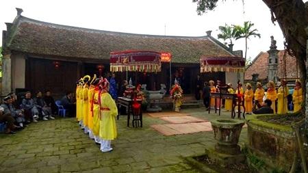 Buổi lễ diễn ra tại đền Lưu Xá.