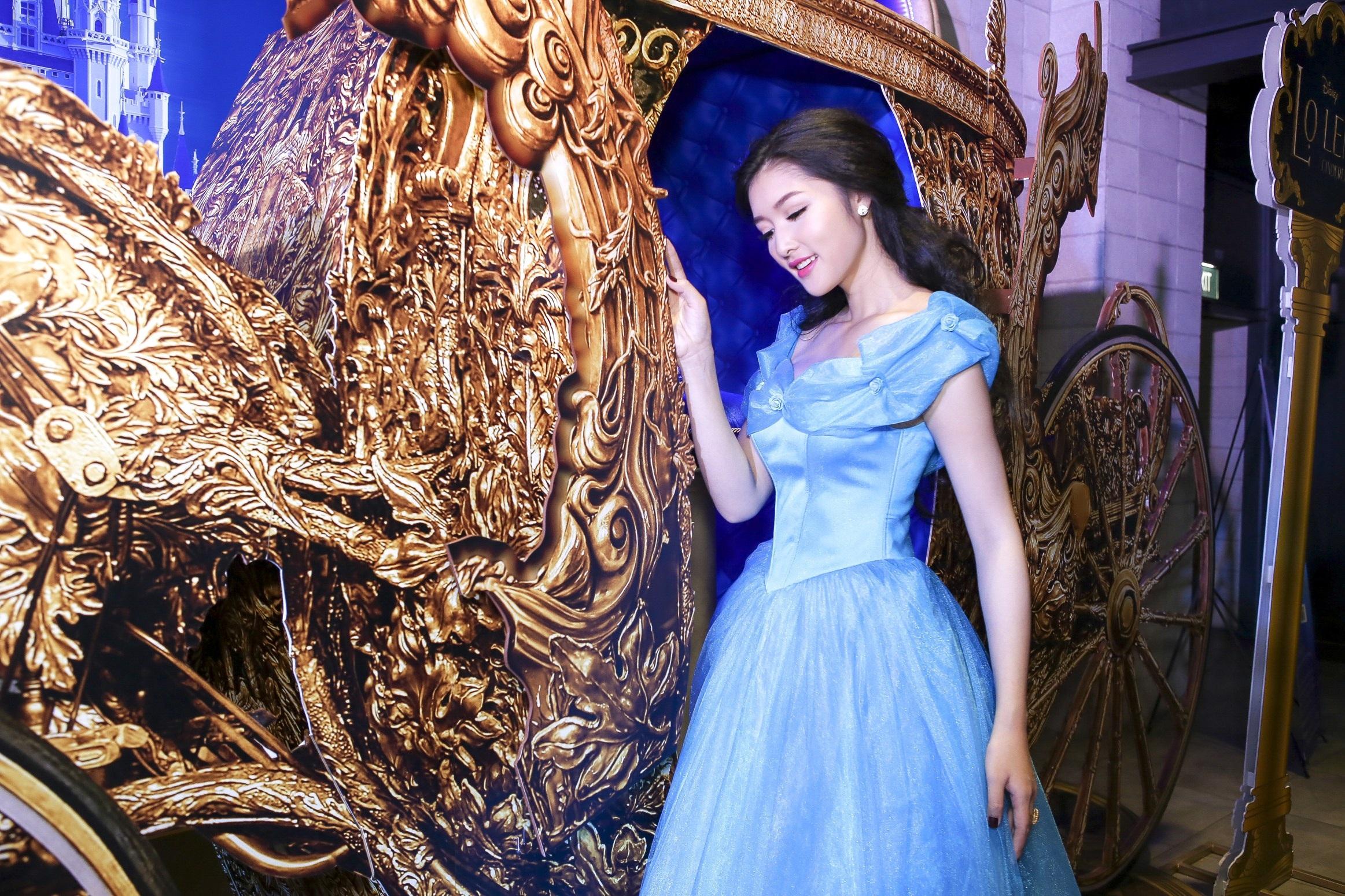 Tại lễ ra mắt phim Cinderella, Triệu Thị Hà