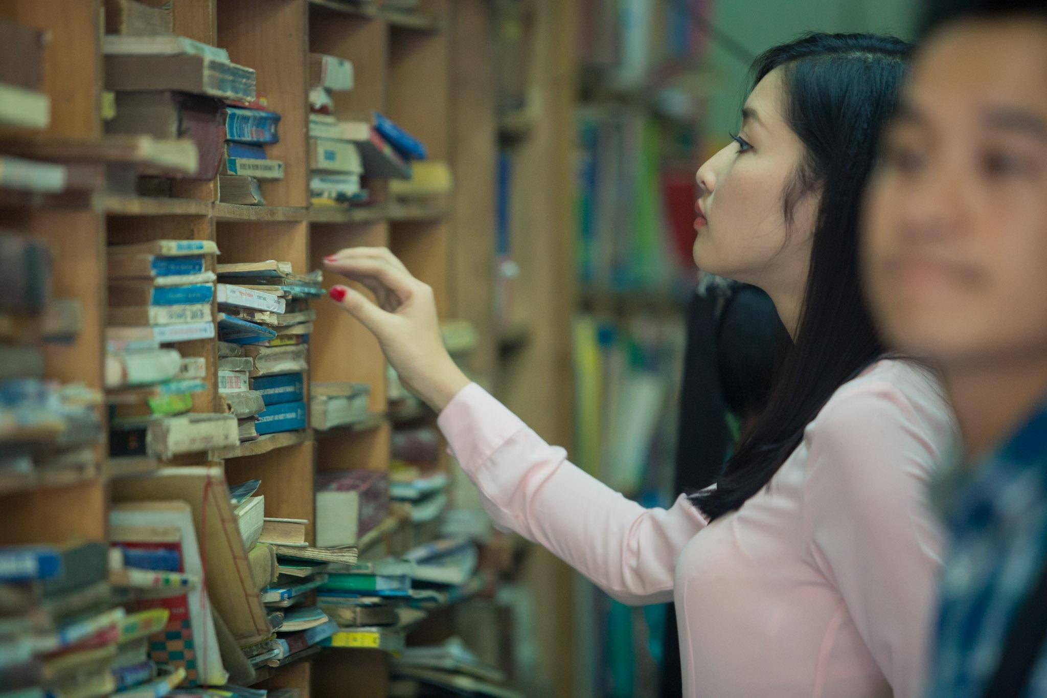 Triệu Thị Hà cho biết nhìn thấy nhiều người đến ủng hộ chủ tiệm,