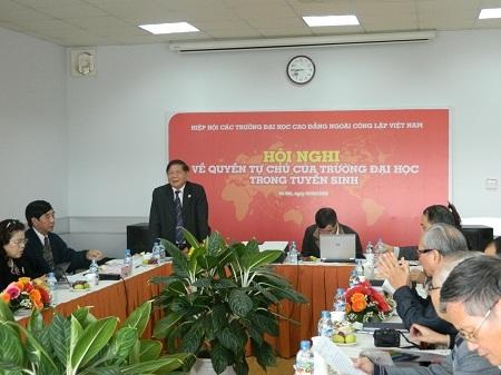 Các trường NCL lại họp nóng để bàn kiến nghị Bộ GD-ĐT công tác tuyển sinh 2013.