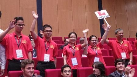 Các gương mặt của đội tuyển IChO Việt Nam.