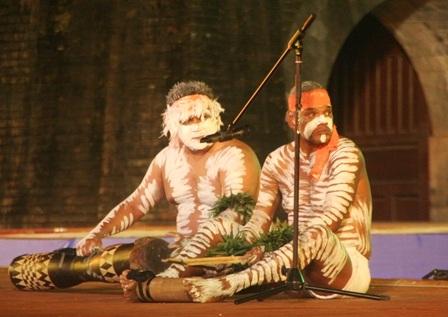 Thưởng thức các tiết mục ấn tượng của thổ dân Úc